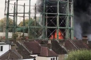 Bromley'de korkutan yangın…