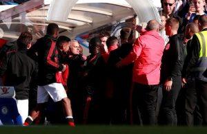 Mourinho çileden çıktı!