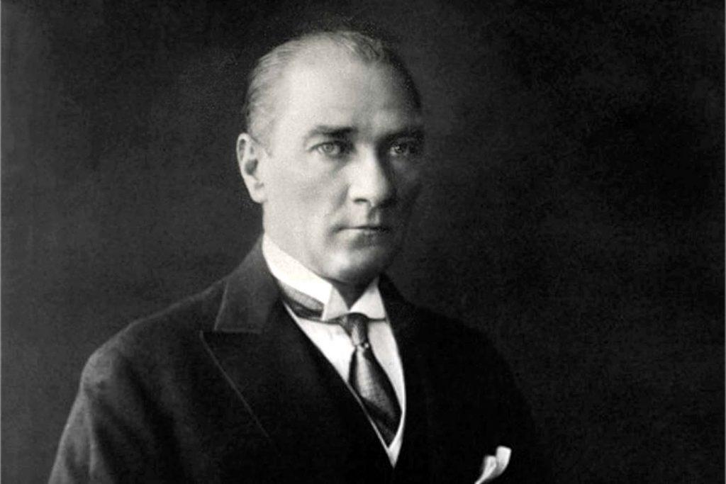 İADD, Atatürk'ü unutmadı