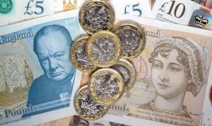 UK wage growth increases to fastest since 2009