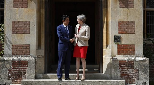 Japonya'dan İngiltere'ye Brexit sonrası iş birliği daveti