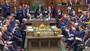 May: Brexit anlaşması doğru yol