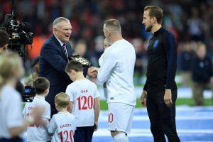 Wayne Rooney İngiltere Milli Takımı'na veda etti