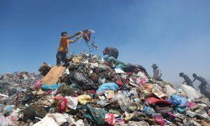 """""""İngiltere'den çöp değil atık plastik alıyoruz"""""""