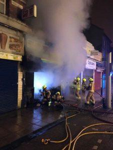 Fire destroys shop in Walthamstow