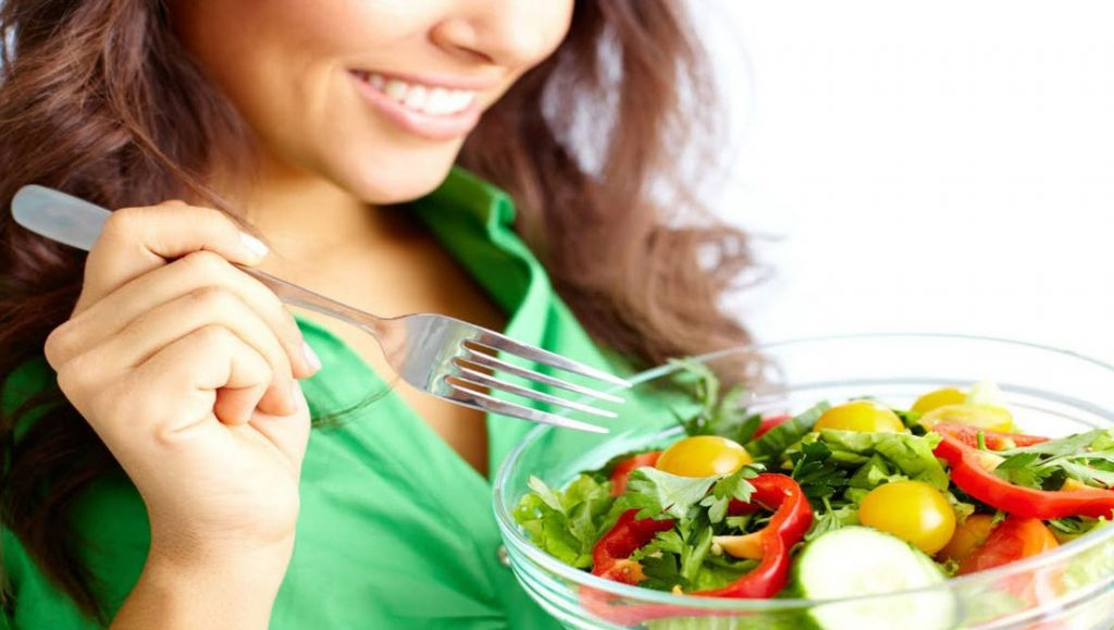 Sağlıksız yaşam kadın kalbini daha çok etkiliyor