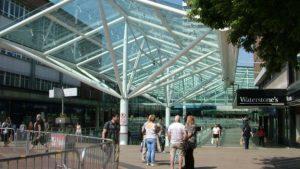 200'den fazla İngiltere alışveriş merkezi 'krizde'