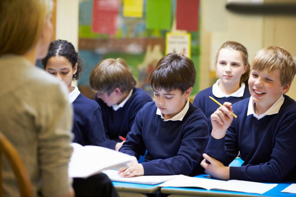 Schools in England to receive £400 million
