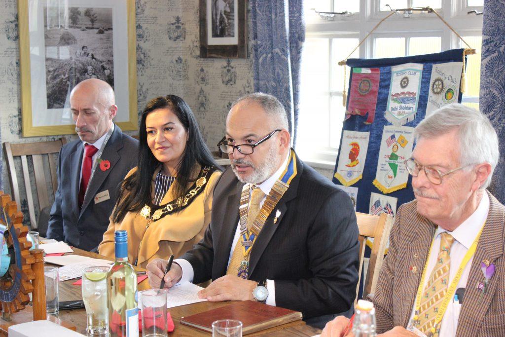 Karakuş comes together with Southgate Rotary Club