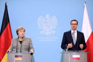 Merkel: İngiltere Brexit sonrası da Avrupa'nın bir parçası olacak