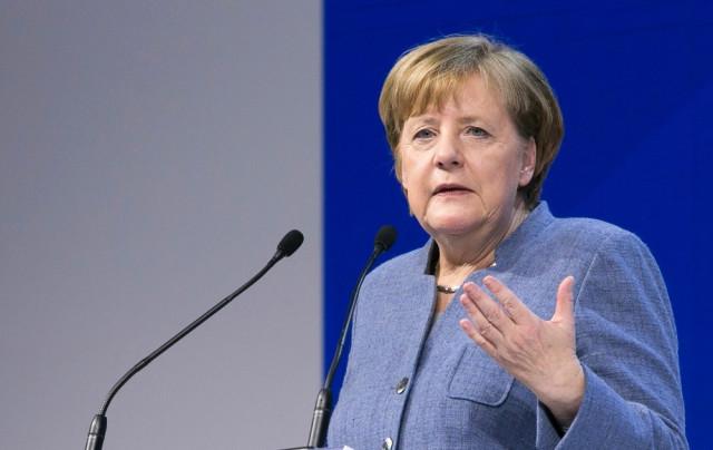Merkel: İngiltere'nin AB'den ayrılması trajik bir durumdur