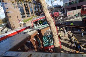 Londra'da otobüs kazası: Şoför uyuşturucu şüphesiyle tutuklandı