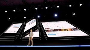 Samsung katlanabilir ekranlı telefonunu tanıttı: Açıldığında ekranı tablet boyutuna ulaşıyor