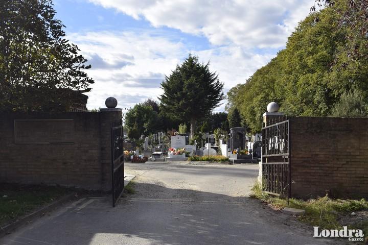 Tottenham Park Mezarlık'ta yeni yasal düzenleme