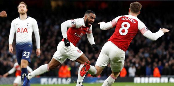 Arsenal, Tottenham'a 4-2 galip