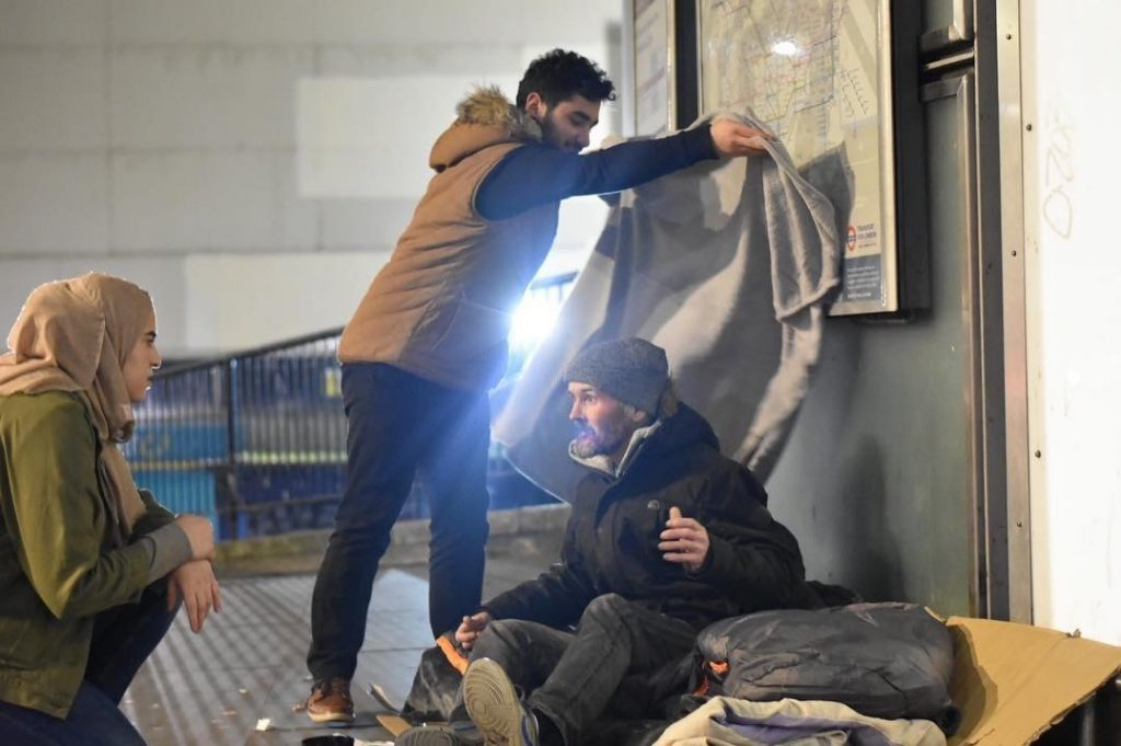Young MUSAID UK helping the homeless
