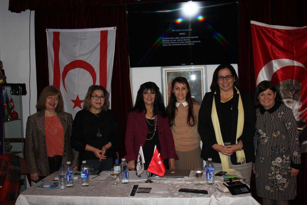 Londra'da Türk kadınının başarısı konuşuldu