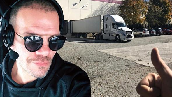 Tolga Karel, Amerika'da tır şoförü oldu!