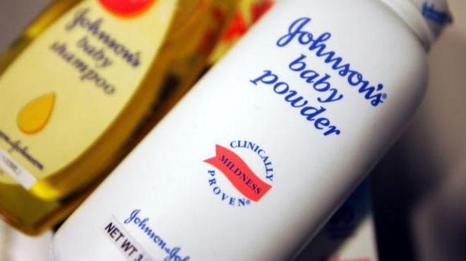 'Johnson & Johnson talk pudrası ürünlerinde asbest olduğunu biliyordu'