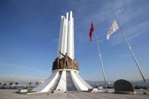 Karşıyaka'nın anıtına Dünya ödülü