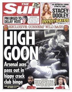 Mesut Özil ve Arsenal 'li futbolcular, uyuşturucu kullanırken görüntülendi
