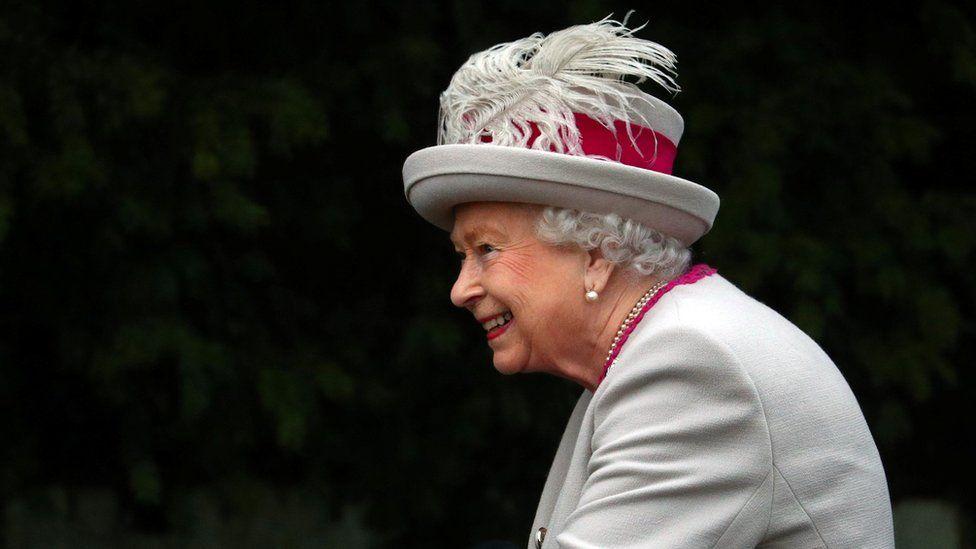 Kraliçe 2. Elizabeth yarın akşam halka seslenecek