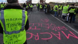 Sarı Yelekliler protestoları – Fransa medyası: Hükümet, akaryakıt vergisi zammını askıya alacak