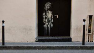 Banksy'nin eserini kapıyı kesip çaldılar