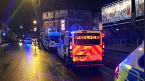 Londra'da aynı gece iki bıçaklama…