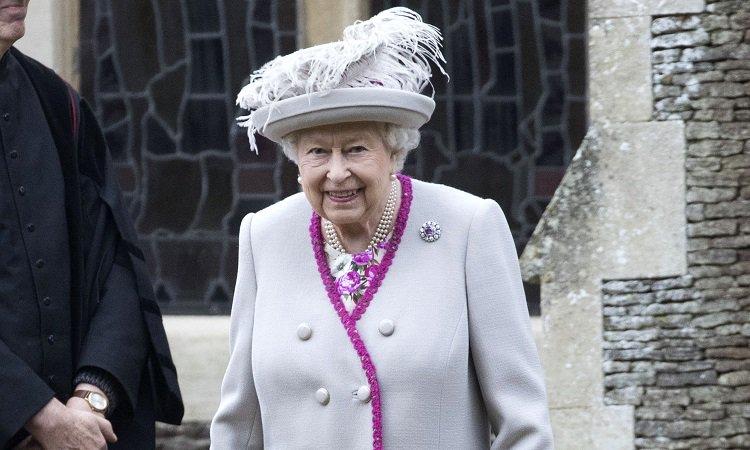 Kraliçe'den 'Brexit' yorumu!