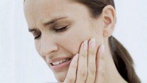 Diş eti iltihabı Alzheimer'a neden oluyor mu?