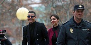 Vergi kaçırmakla suçlanan Ronaldo 18,8 milyon euro cezayı kabul etti