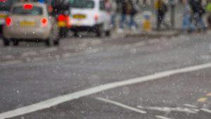 Londra'ya ilk kar düştü