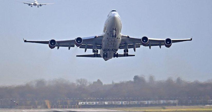 Londra Havaalanı'ndaki grev askıya alındı, uçuşlar yapılıyor