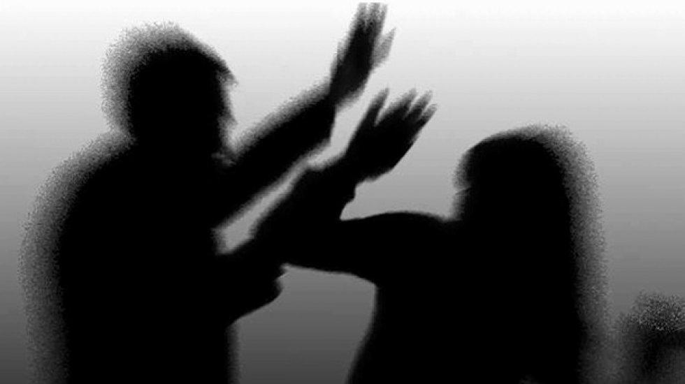 """""""Aile içi şiddet, kadınların 'akıl hastalıklarına' yakalanma riskini artırıyor"""""""