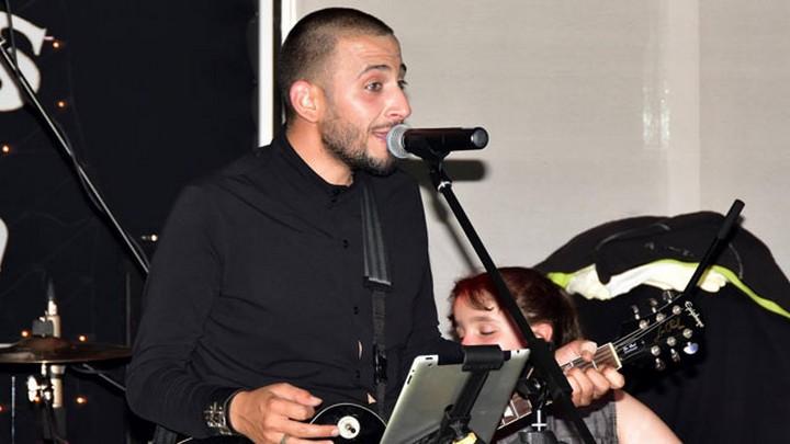 Örge Volkan, yeni şarkılarıyla Cyprus Garden'da