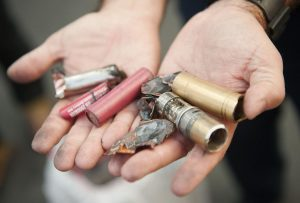 Patlayan elektronik sigaranın parçası şah damarına saplandı, hayatını kaybetti
