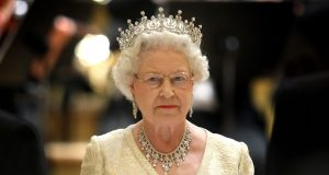 Brexit planı: Önce Kralıçe kaçırılacak