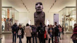 İngiltere'deki müzelere baskı artıyor: 'Diğer ülkelerden aldığınız eserleri geri verin'