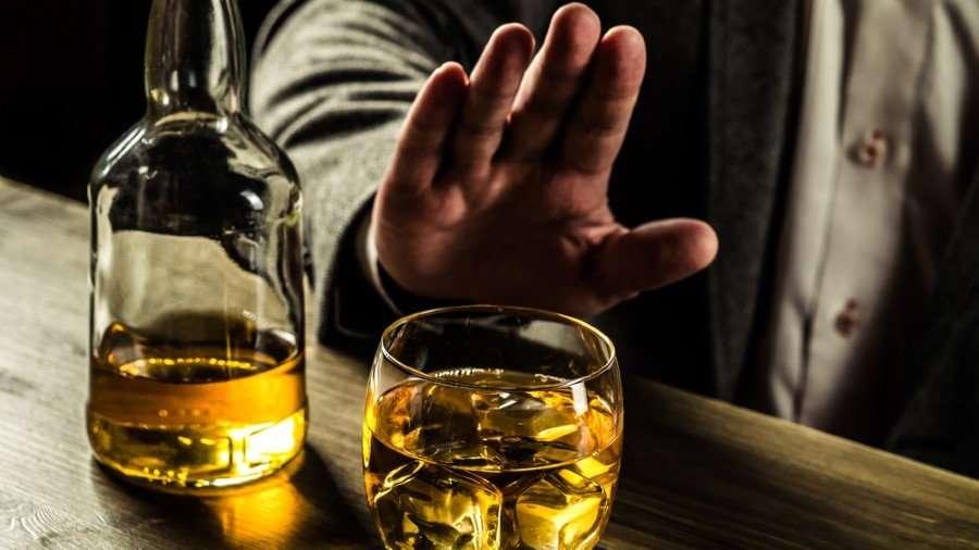 """Araştırma: """"Çok alkol içmek DNA'yı bozuyor"""""""