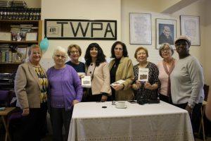 Nijhar'ın, 'Turks in London' kitabı TWPA'da tanıtıldı
