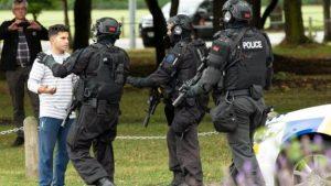 Yeni Zelanda'da Cuma Namazı sırasında camilere saldırı: 49 kişi öldü