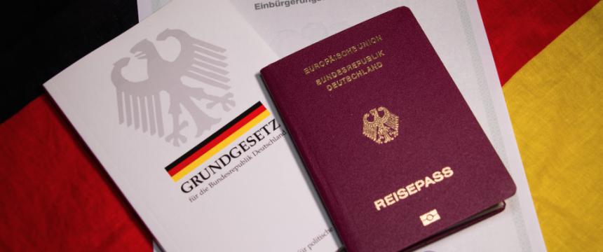Alman medyası: IŞİD'e katılan Almanların vatandaşlıkları iptal edilecek