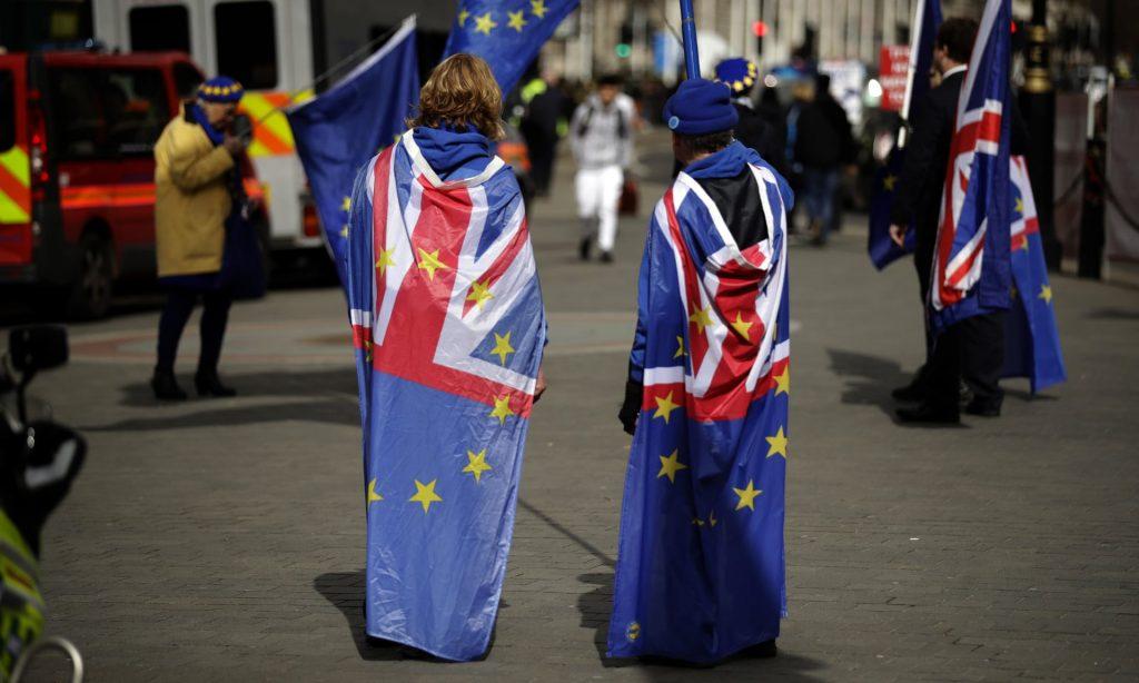 İngiltere'de Brexit için büyük yürüyüş