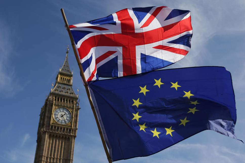 MPs push to stop No-deal brexit