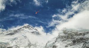 Buzullar eridi, ölen dağcıların kayıp bedenleri ortaya çıkmaya başladı