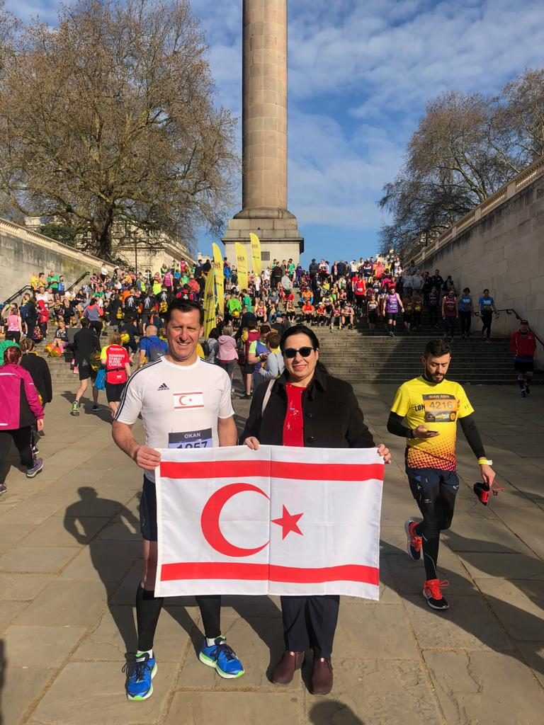 Tuncalı supports Baysan at the London Landmarks Marathon