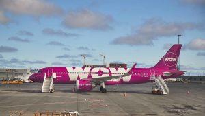İngiltere'den uçuş gerçekleştiren Wow Air tüm uçuşlarını iptal etti