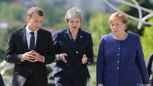 İngiltere Başbakanı Merkel ve Macron'la görüşecek