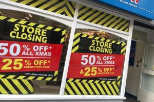 2,481 high street shops closed last year